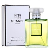 Chanel No. 19. Poudré